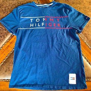 Tommy Hilfiger Mens Medium T-Shirt